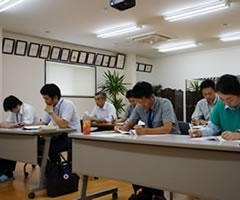 安全性を確保するための定例講習会の開催
